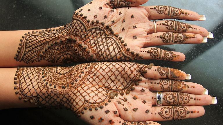 Mehndi Designs: January 6
