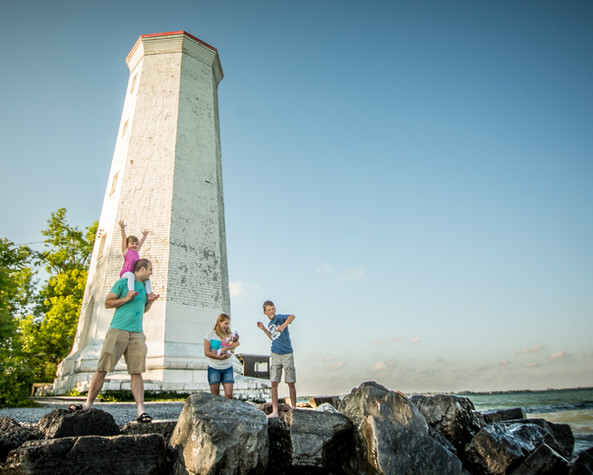 Lighthouse family portrait Presqu'ile Pr