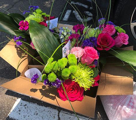 flower-delivery-02-W.jpg
