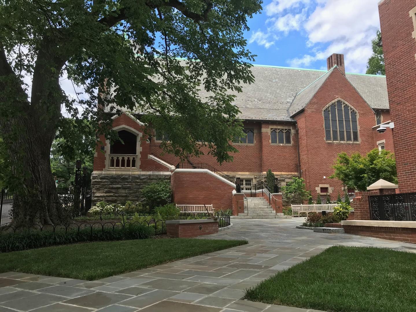 Davids-courtyard-church-photo.jpg