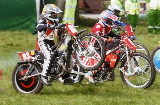 2007 - Juniors, Swindon Youth