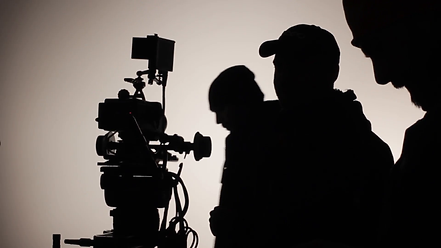silhouettes-of-people-on-the-set-of-the-
