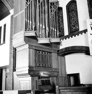 Lutheran Holy Trinity_Jaeckel 1981.jpg