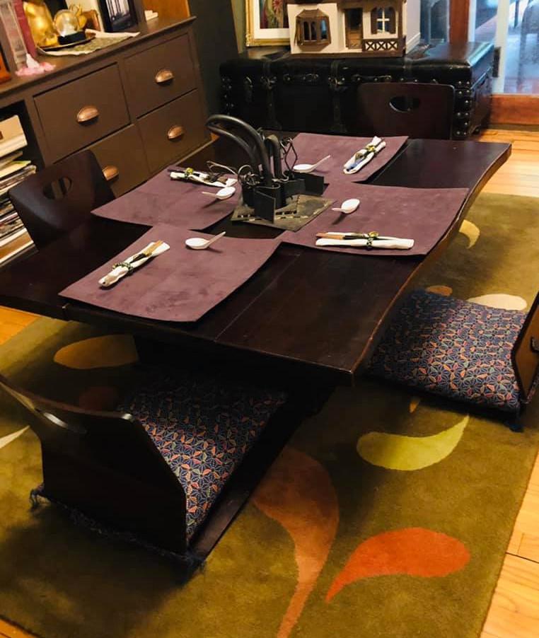 Japanese Tea Table (Kitsana)