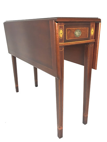 Polidor Drop Leaf Table With Inlay