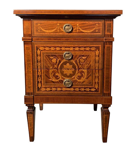 Italian Giuseppe Maggiolini Style Nightstand With Marquetry