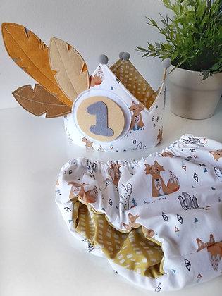 Conjunto cumpleaños corona plumas y cubrepañal