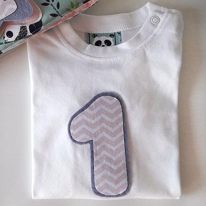 Camiseta manga larga o corta con numero o inicial