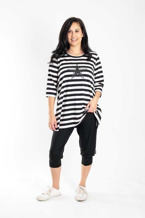 BLACK AND WHITE STRIPE TEE - JS2002