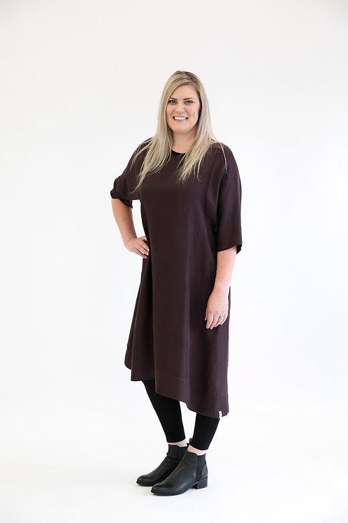 deeanne hobbs - JANUARY DRESS WINE  DHSW2105