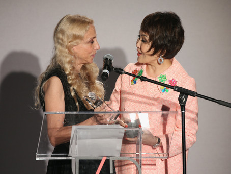 Yue-Sai Kan Receives Women's Champion Award at F4D 5th Annual First Ladies Luncheon