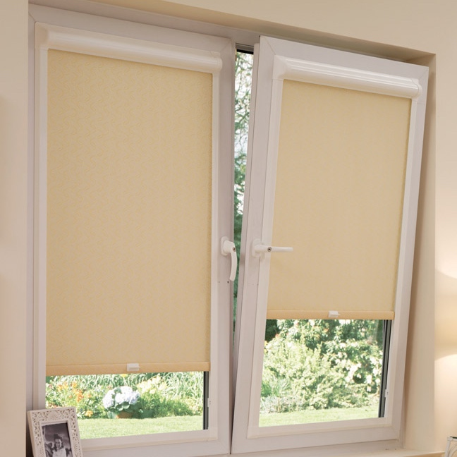 Tilt and turn blinds for upvc window