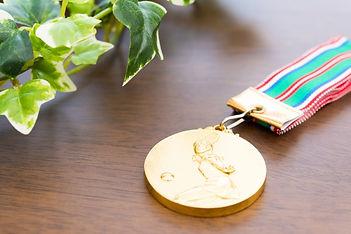 gold medal_s.jpg