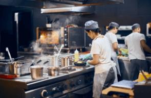 飲食店の厨房機器の費用はいくら?実は費用が全くいらない経営方法がある!?