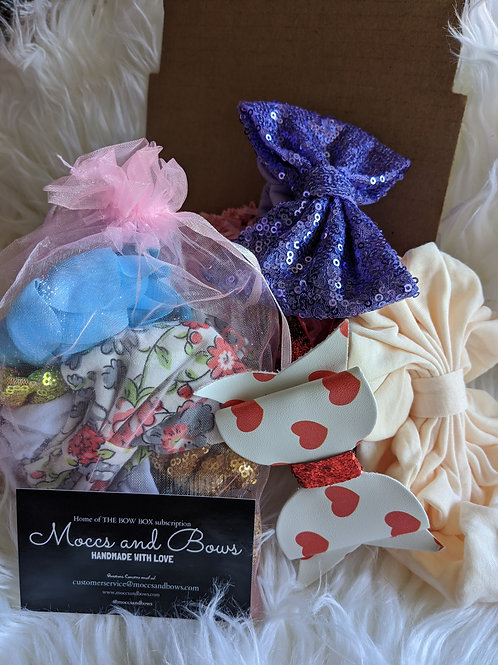 - Mystery Bag - 5 One of a kind bows -