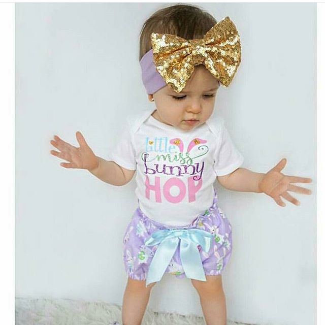 Precious little girl in her sparkling bow band! Reminder these come customizable in the shop! ._