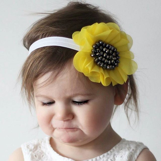 Gorgeous sunflower bows perfect for summer and will be making an appearance in all subscriber boxes