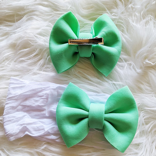 Light green 3D fabric bow on soft nylon