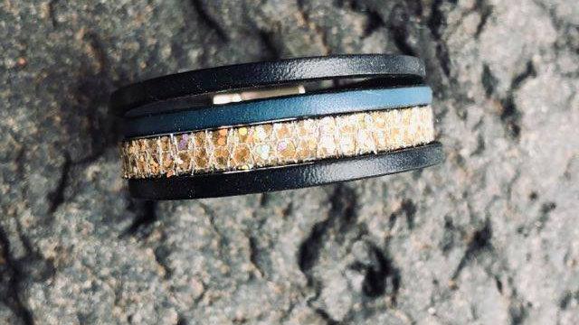 Bracelet cuir bleue nuit or