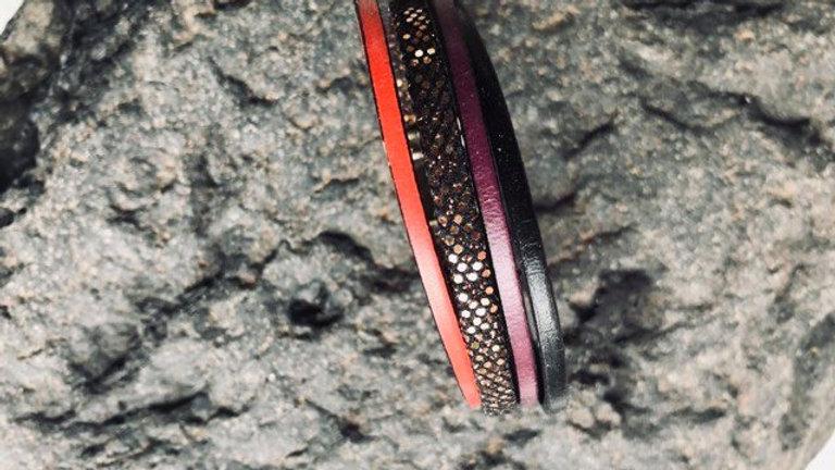 Bracelet cuir rouge or