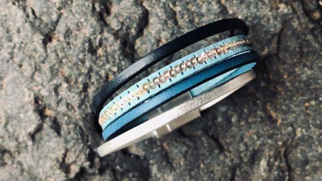 Bracelet cuir bleue djean