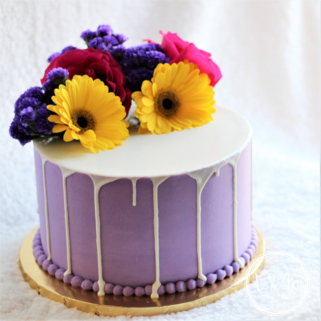 white-chocolate-drip-cake-flowers.jpg