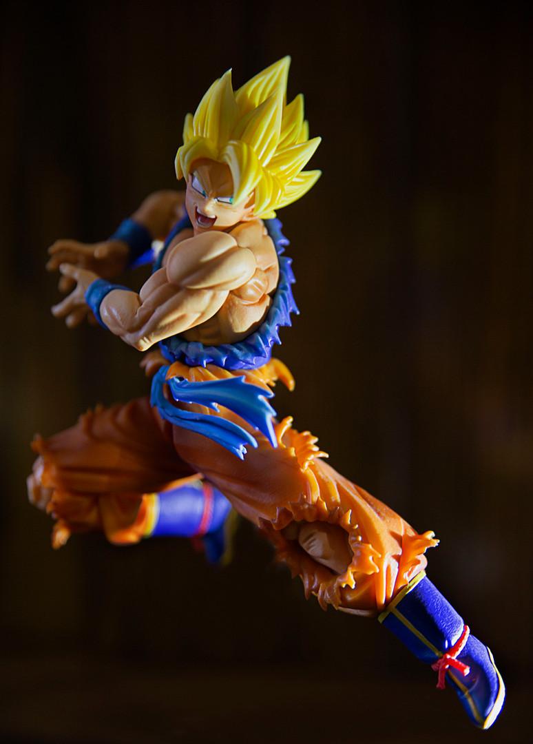 Goku_Dragonball Z Figure