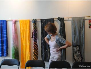 Exitosa Conferencia-Taller del Arte del Batik, en Original, Espai d'Artesans