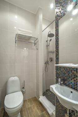Санузел в апартаменте-комфорт 105