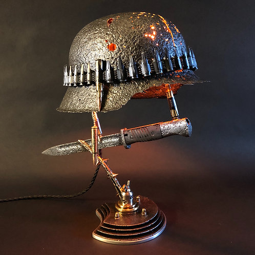 WW2 Battle Lamp