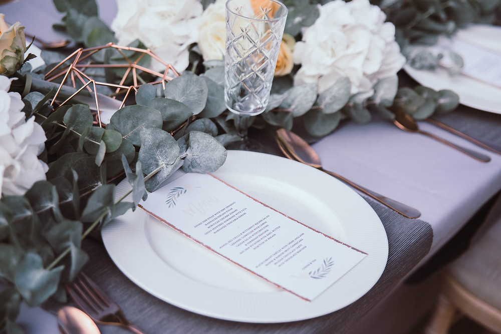 One Oake Copper Botanical Tablescape