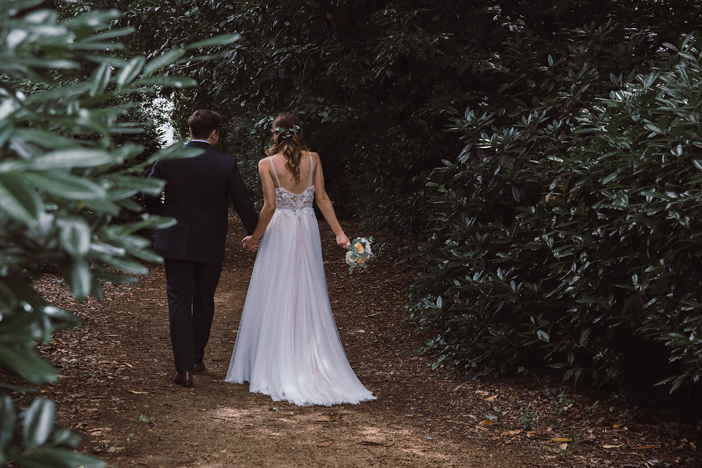 Bride and Groom Walking   One Oake