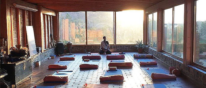 sebas sound silence center meditacion 4.