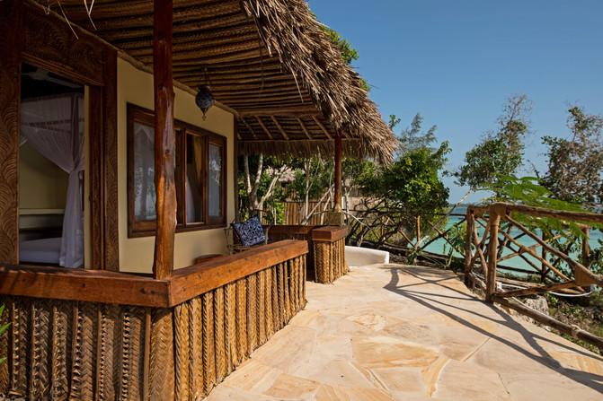 Standard_villa_terrace.jpg
