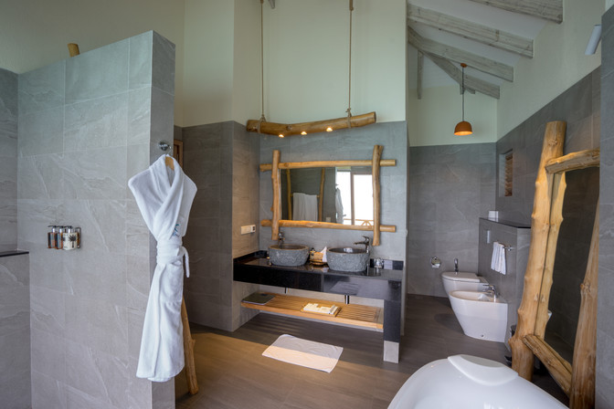 Rooms - Aqua Suit (6).jpg