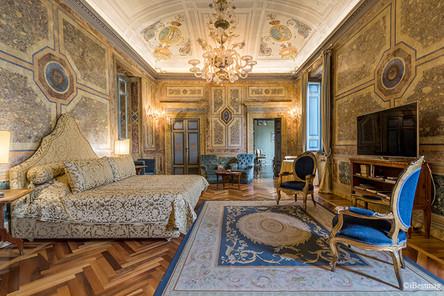 Residence-Ruspoli-Bonaparte-Roma.jpeg
