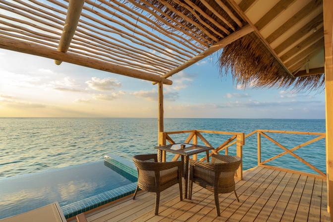 Rooms - Dolphin Pool Villa (7).jpg