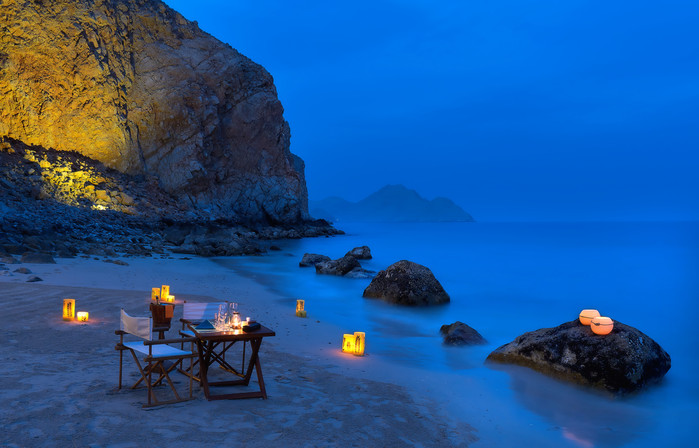 Private_dining_by_the_bay_no_model_[6886