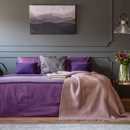 purple-bedroom-interior-AP5JFWV.jpg