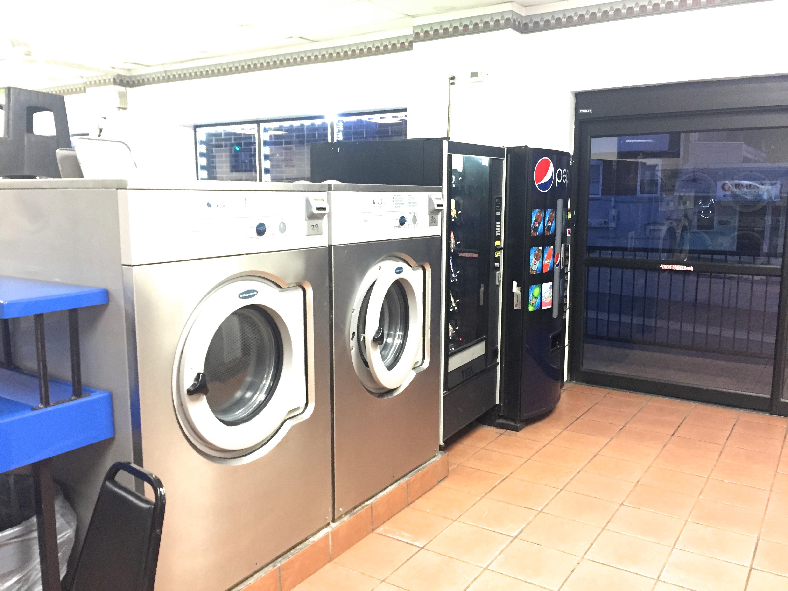 Lucky star laundromat