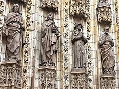 Kathedrale von Sevilla, Heiligenfiguren