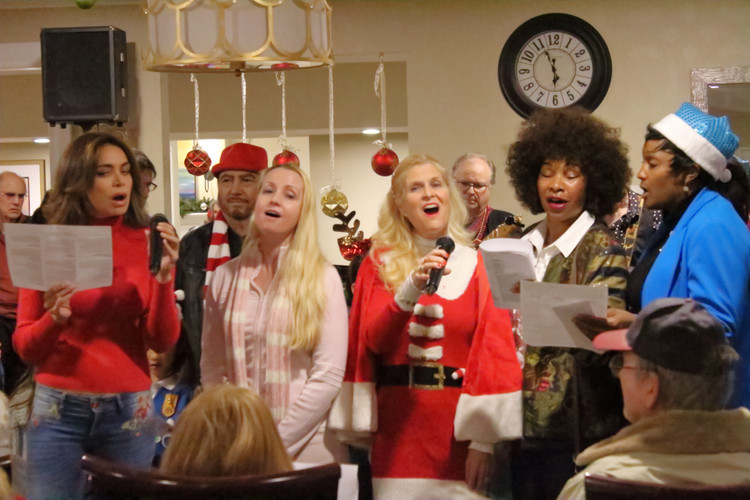 holiday caroling los anegels 2018