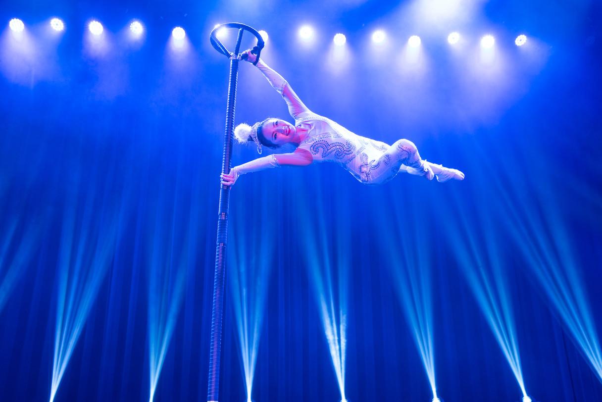 Amazing acrobats 2018-2019-30.jpg
