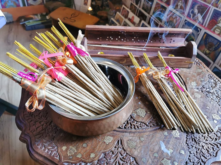 10x Hand Rolled Sandalwood Sticks