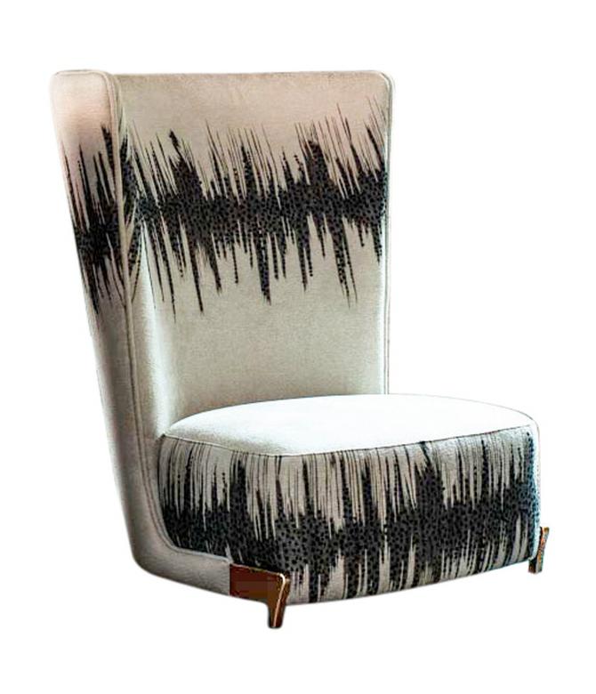The Stunning Statement Chair