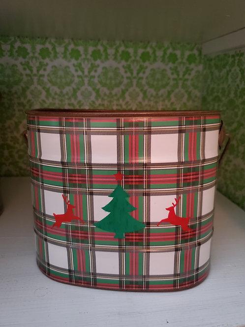 Tree and Reindeer bucket