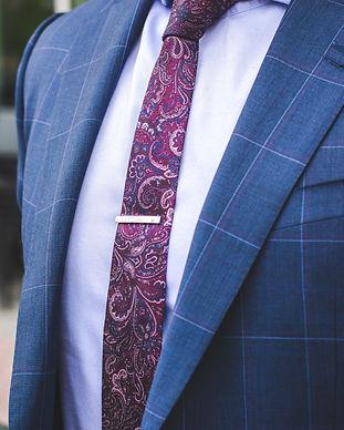 businessman-close-up-collar-2254123.jpg