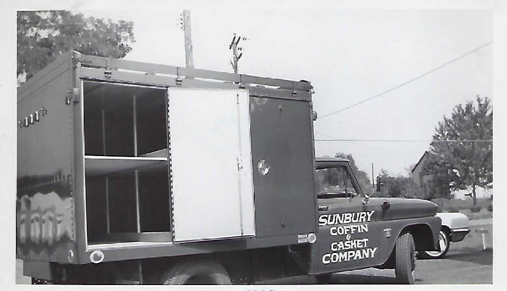 60'sCasketTruck