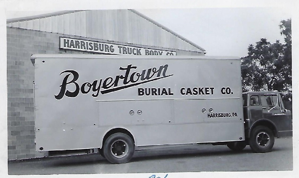 50'sCasketTruck