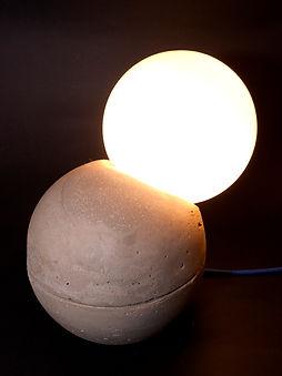 Bubbletablelamp_0637a.jpg